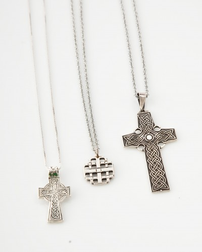 Bookstore: Gifts Crosses 2